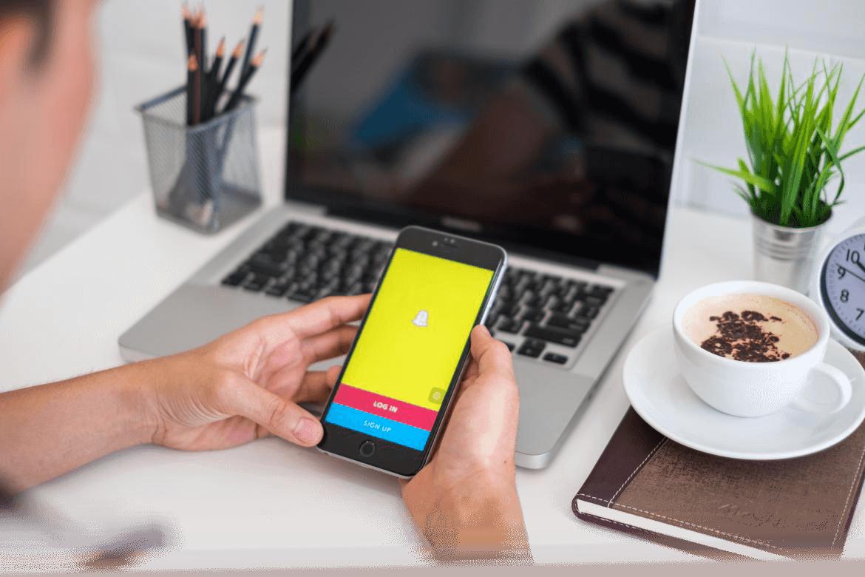 Snapchat<br> <span>Tipps und Tricks von Profis</span>